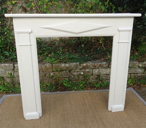 cheminee decorative pas cher tr 232 s chemin 233 e ancienne decorative en bois peint
