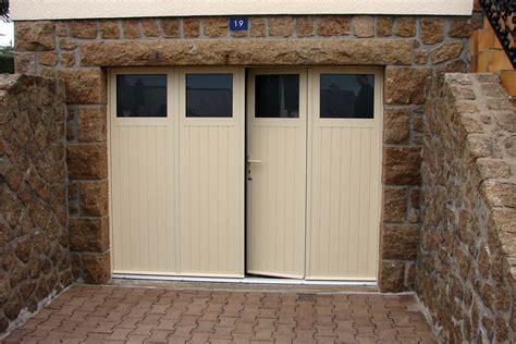 porte de garage bois porte de garage battante al portail