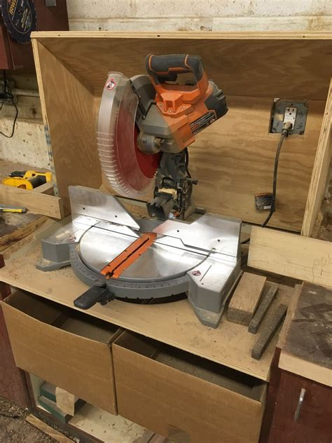 setting  shop    power tools woodworking