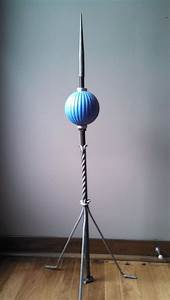 Barnett pleat round bmg lightning rod ball and twisted stand