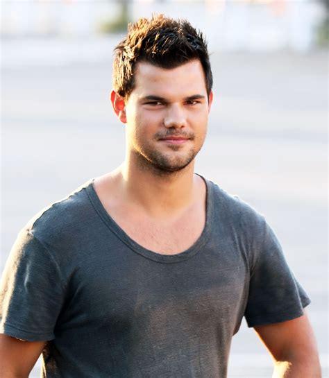 Taylor Lautner Hairstyles In 2018 Hair Styles