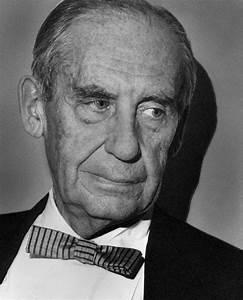 Bauhaus Walter Gropius : 27 best walter gropius images on pinterest walter gropius walter o 39 brien and architects ~ Eleganceandgraceweddings.com Haus und Dekorationen