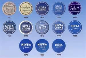 verpackung design nivea logo geschichte der marke design vom designer