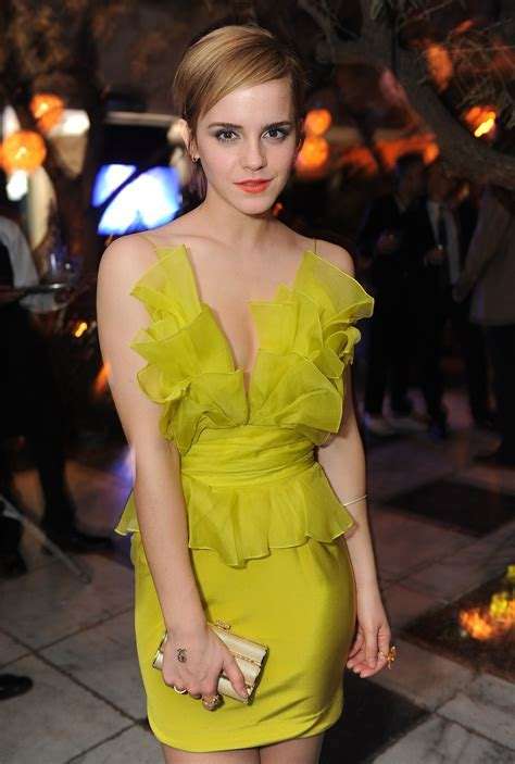 Women Emma Watson yellow dress wallpaper   2022x3000