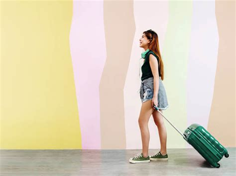 Easyjet Cabin Baggage And Handbag by Easyjet Can I Take A Handbag And Luggage Cabin