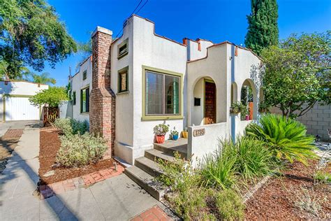 Delightful Little Spanish Bungalow In Pasadena Asks 9k