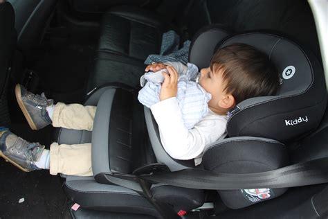 siege auto bouclier girlystan le siège auto bouclier pas fait pour mon enfant