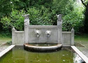 Brunnen Im Garten : file brunnen im garten des prinzregententheaters muenchen wikimedia commons ~ Sanjose-hotels-ca.com Haus und Dekorationen