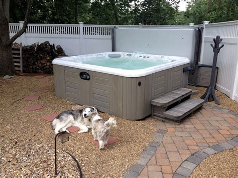 oasis tubs grafton ma 43 best ideas about tubs on tvs