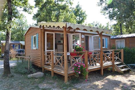 salon cuisine cings et résidences franceloc cing location mobil home en provence ardèche océan