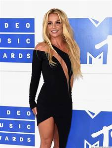 Britney Spears Returns To The VMAs In Racy Versace Dress ...