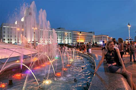 Фонтаны на площади Независимости. Минск | Официальный сайт ...