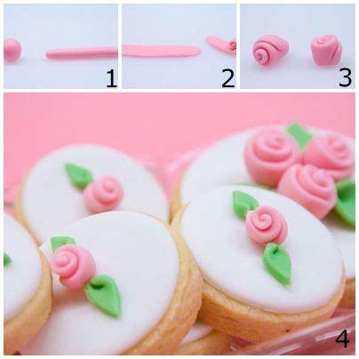 comment faire des decors en pate a sucre comment faire une simple en pate a sucre p 226 te 224 sucre m 232 res comment et roses
