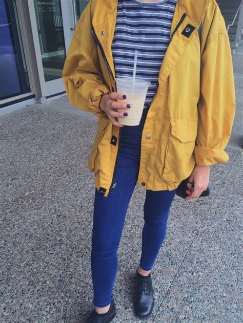 1000+ ideas about Yellow Outfits on Pinterest   Summer outfits Green Outfits and Dark Autumn