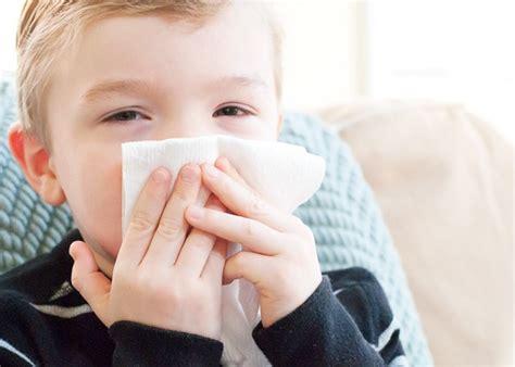 15 penyebab dan cara mengatasi mimisan pada anak omsehat com