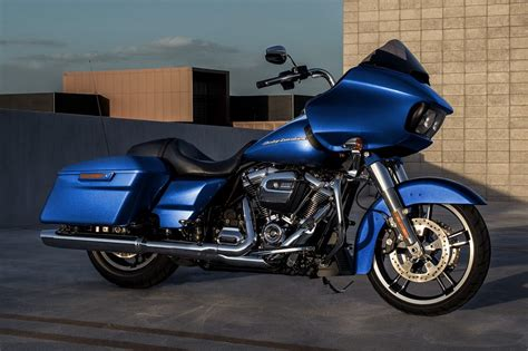 Harley Davidson Road Glide by Harley Davidson Road Glide Special Launched In India At Rs