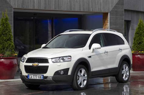 volume coffre chevrolet captiva chevrolet captiva 2 2 vcdi 184 awd bva gt chevrolet fiche technique