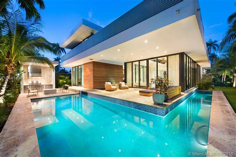 Häuser Mieten Miami by 2300 Sunset Dr Sunset Islands Miami Globalty