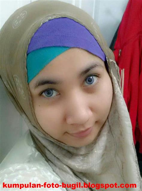 Abg Jilbab Bugil
