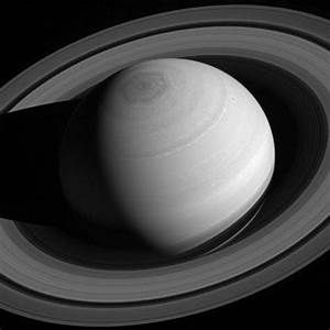 Saturn moon and glorious rings shine in spectacular NASA ...