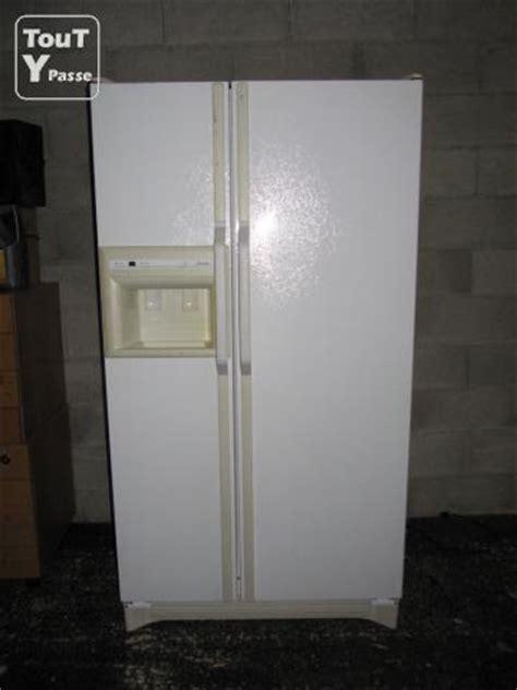 frigo am 233 ricain distributeur de gla 231 ons glace pil 233 e eau fra 238 che bellegarde sur valserine 01200