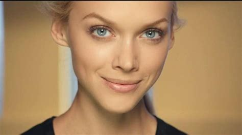 hot ad girl   olay cc cream commercial