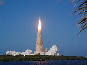 Space Shuttle Launch Today Live images