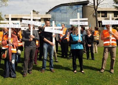 chambre agriculture ain loire chambre d agriculture en grève pour dénoncer