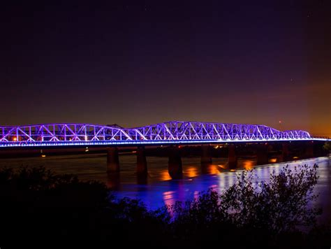 mighty lights expanding  memphis riverfront  fall