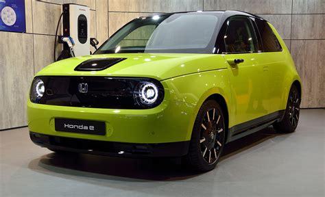 Honda CEO denies electric cars, pledges hybrid support ...