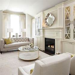 Built In Cabinets For Family Room by Best 25 Fireplace Built Ins Ideas On Pinterest Family
