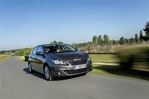 Achat Peugeot 308 : guide d 39 achat toutes les peugeot 308 l 39 essai laquelle choisir photo 17 l 39 argus ~ Medecine-chirurgie-esthetiques.com Avis de Voitures
