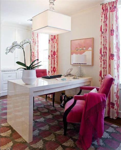 decorer un bureau comment décorer un bureau laqué blanc 61 photos