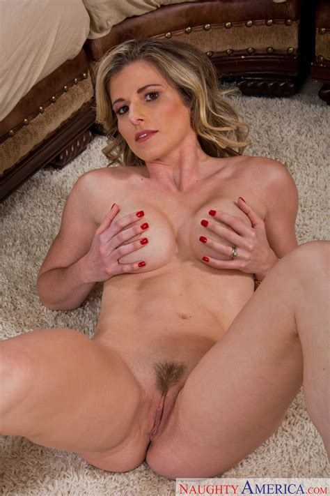 Married Woman With Hairy Pussy Got Nailed Photos Cory