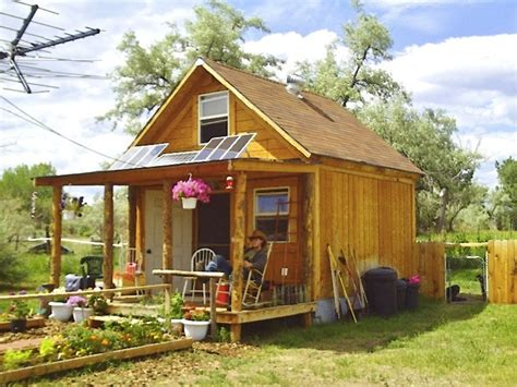 amish kitchen islands 5 awesome grid cabins in the wilderness we are wildness