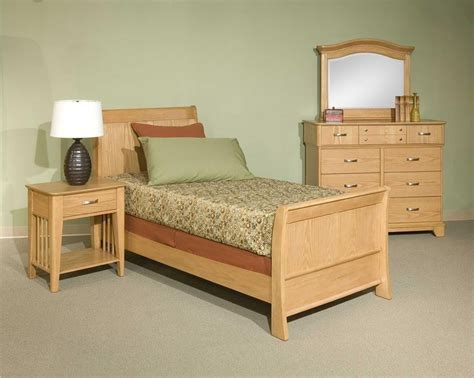 broyhill furniture attitudes collection light oak youth