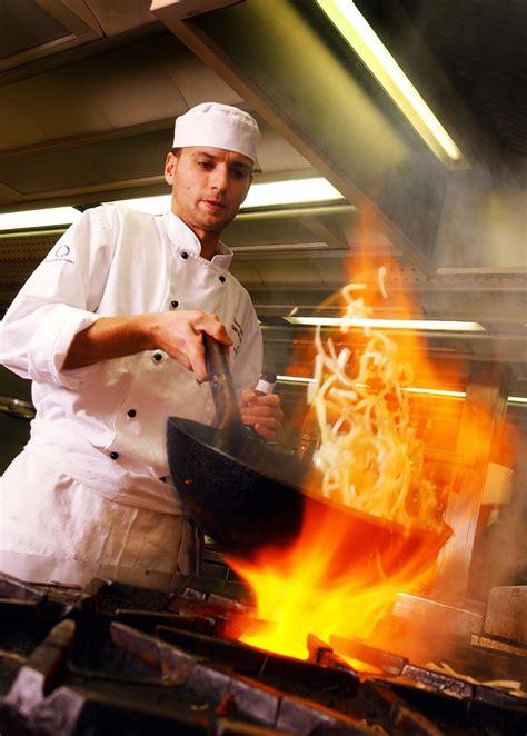 chef kitchen making cooking food chefs recipe ashridge doctor zen el cocinero dishes heat