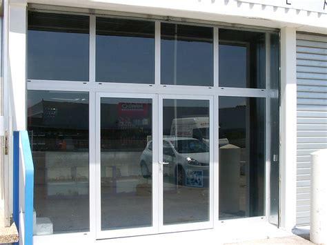 profile aluminium pour vitrine vitrines aluminium pour locaux commerciaux marseille technic habitat