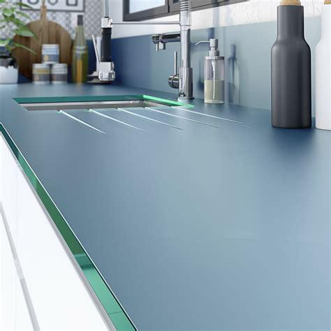 protection plan de travail cuisine plan de travail sur mesure verre laqué gris de plomb ep