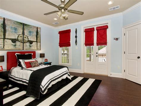 designing red  white bedrooms decorating room