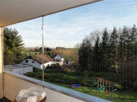 katzennetz balkon montage katzennetz fr den balkon carprola for