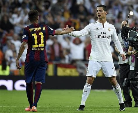 El Clasico: Real Madrid vs Barcelona - Preview, TV channel ...