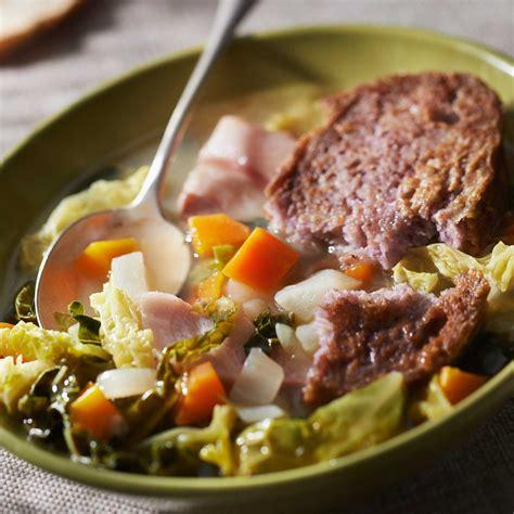 cuisine choux soupe au chou vert facile et pas cher recette sur