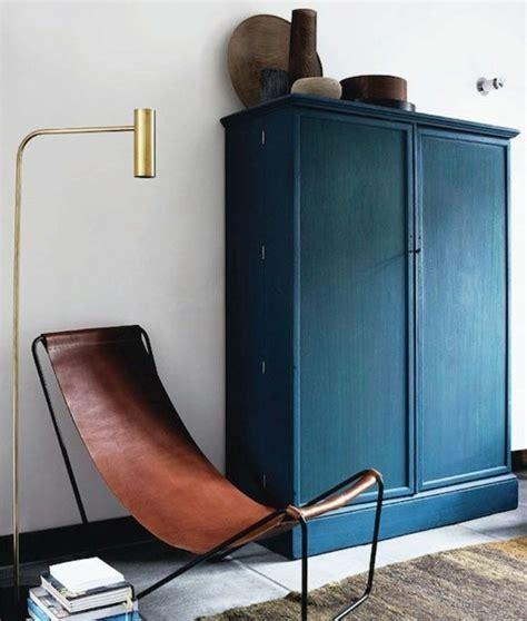 chambre peinte en bleu 1001 idées pour une chambre bleu canard pétrole et paon