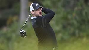 Aaron Rodgers Brushes Up On 'Happy Gilmore' With Fake ...