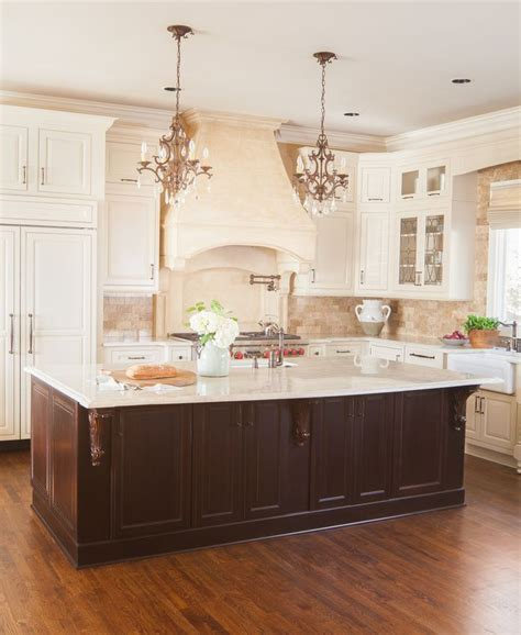 images of kitchens with maple cabinets 87 best cabinets images on wellborn cabinets 8979