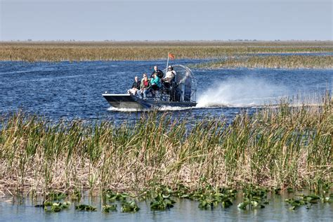 Everglades Propeller Boats by Florida Everglades Your Guide To Everglades Airbout Tours