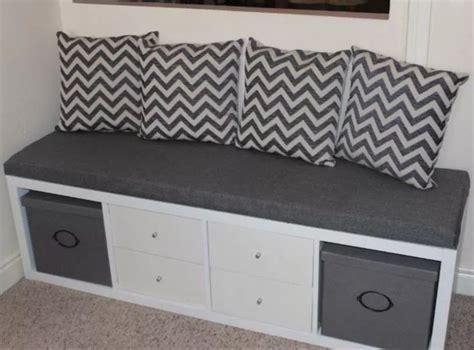 Kallax Als Sitzbank by Cool Bench Made From An Ikea Kallax And Some Pillows
