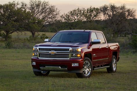 Chevy Introduces 2014 Silverado High Country