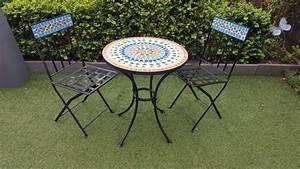 meubles de jardin en fer avec motif mosaique 2 chaises With table ronde avec chaises